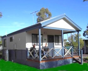Pinjarra Cabins and Caravan Park