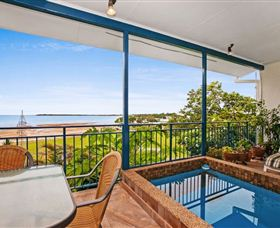 Beach View Holiday Villa - Accommodation Perth
