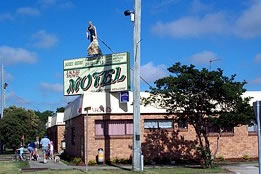 Jackie Howe Motel - Accommodation Perth
