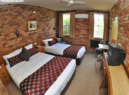 Log Cabin - Accommodation Perth