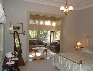 Whispering Pines - Accommodation Perth