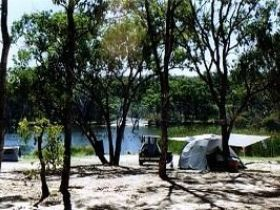 Country Style Caravan Park - Accommodation Perth