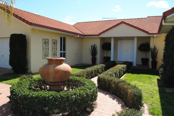 Casa Pizzini Bed and Breakfast - Accommodation Perth