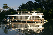 Whitewater Houseboat - Accommodation Perth