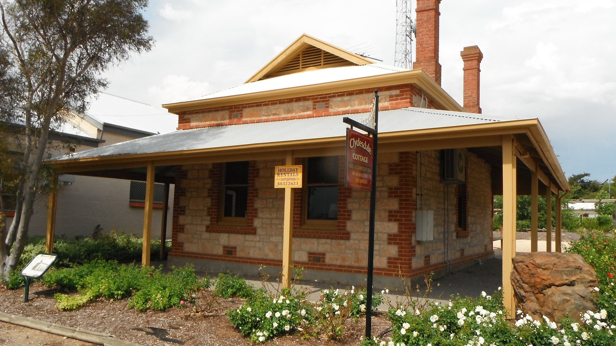 Clydesdale Cottage Bed  Breakfast - Accommodation Perth