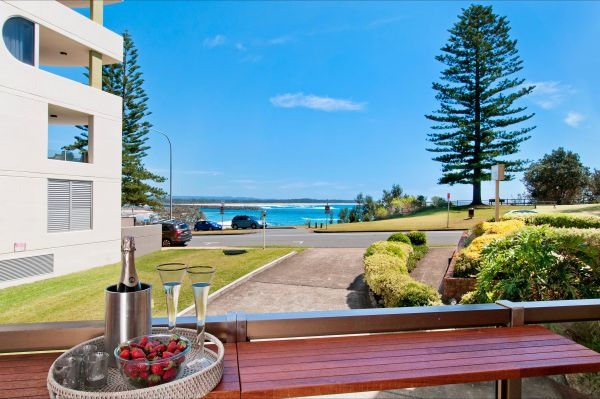 Beauty at the Beach - Accommodation Perth