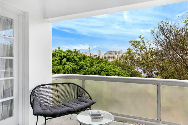New Beach Apartment - Accommodation Perth