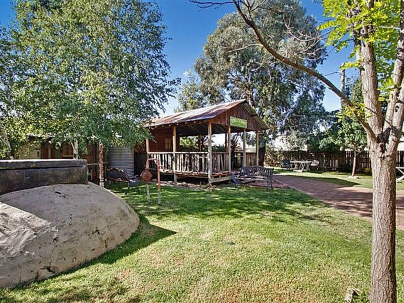 Boorowa Hotel - Accommodation Perth