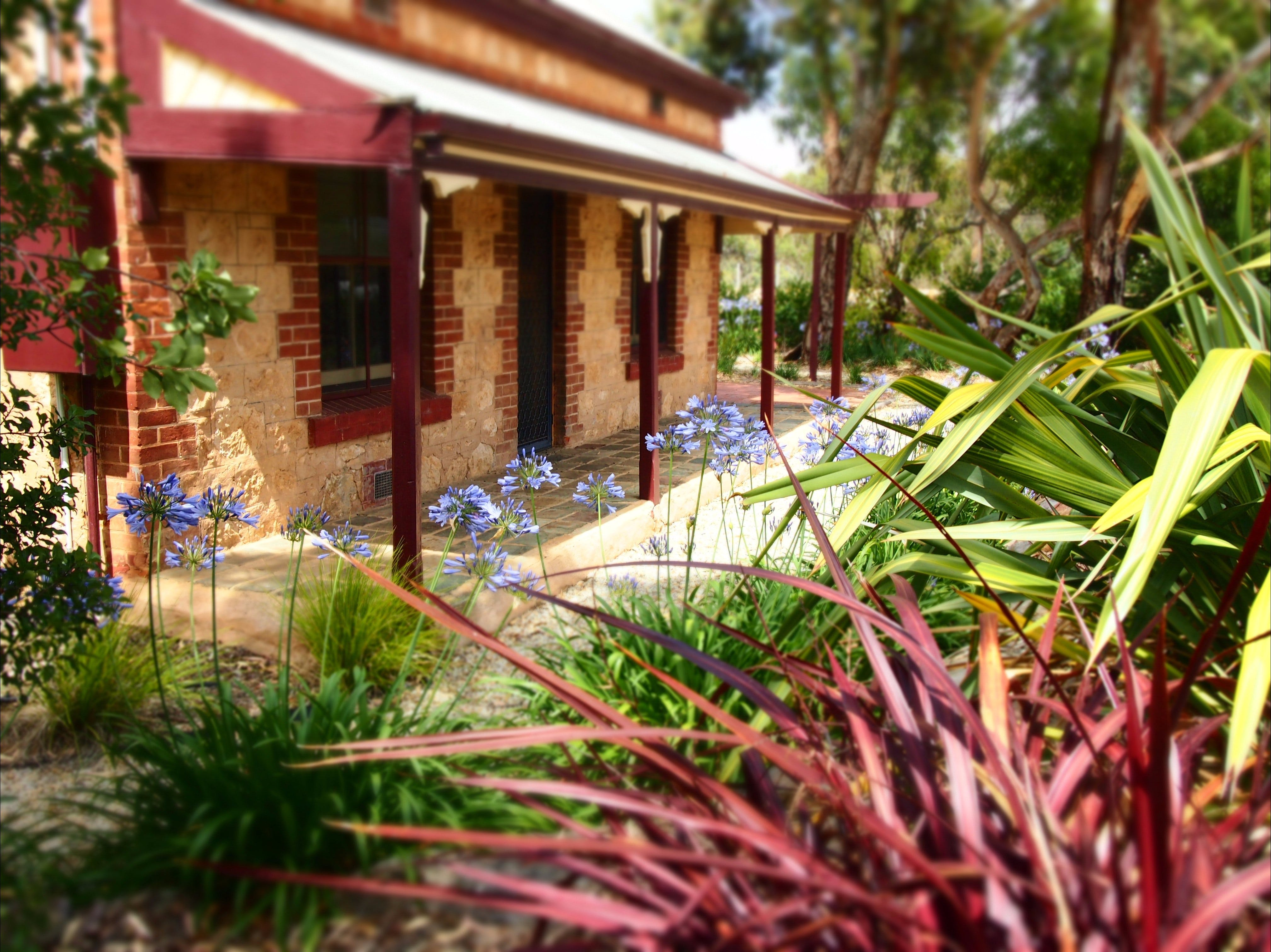 The Creek Cottage - Accommodation Perth