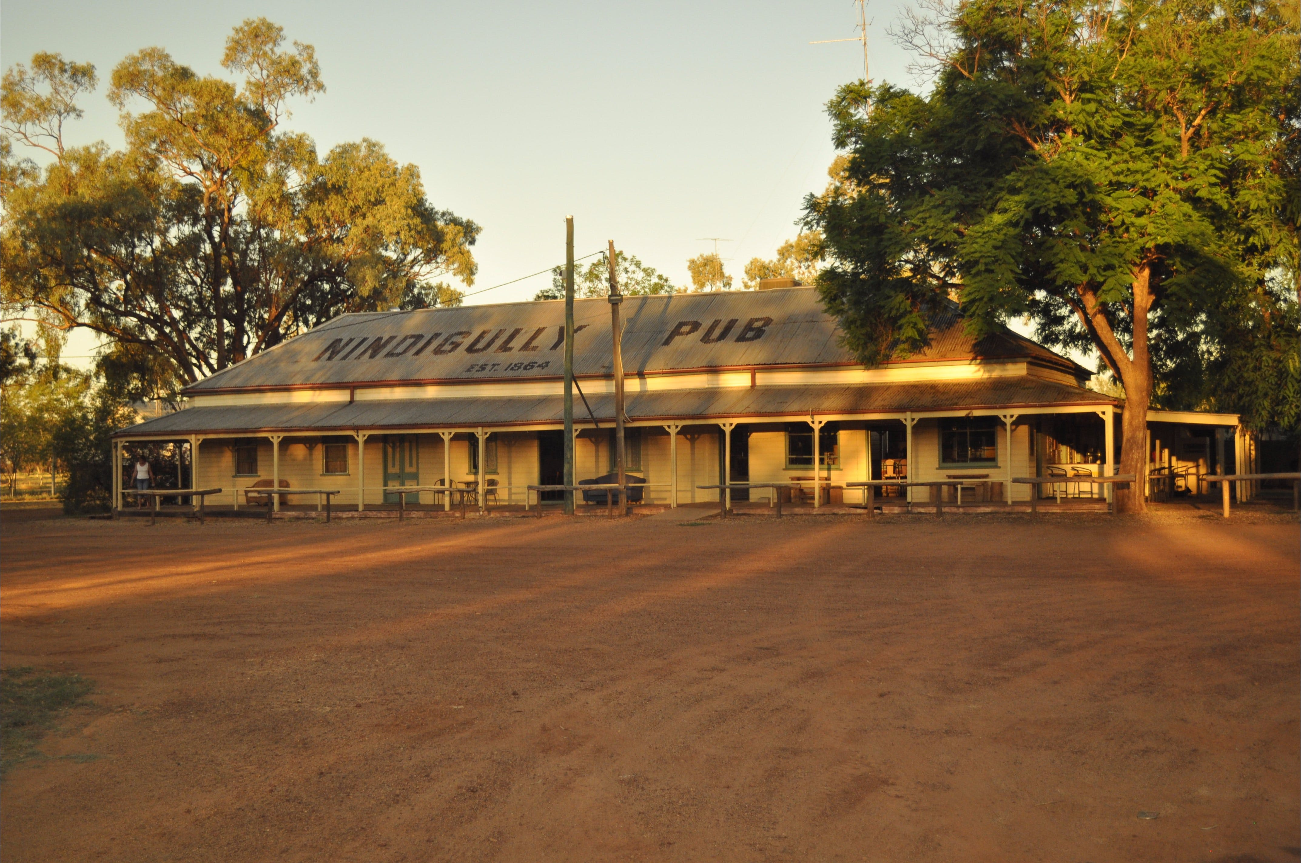 Nindigully Pub - Accommodation Perth