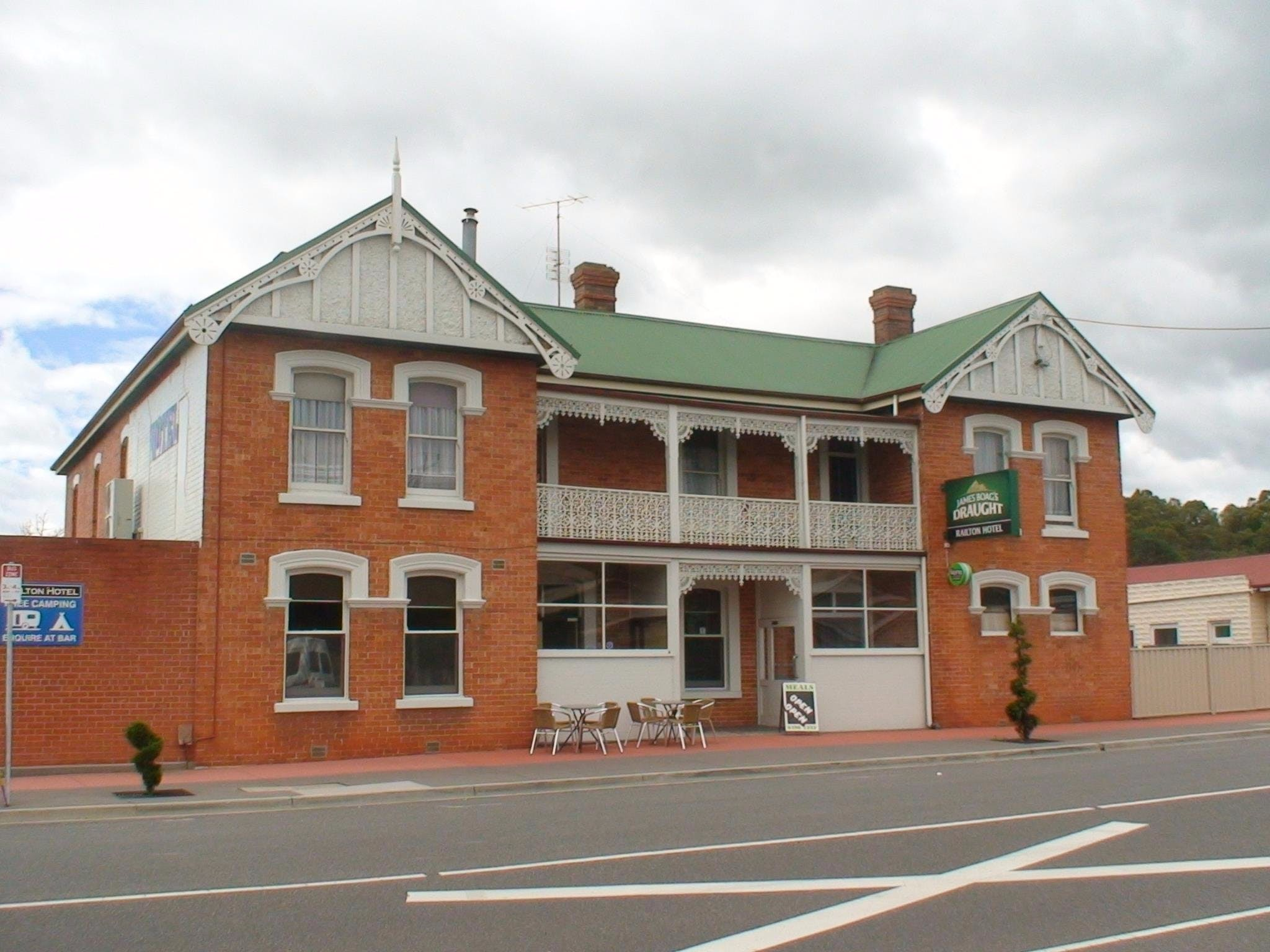 Railton Hotel - Accommodation Perth