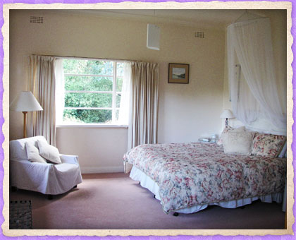 A Country House - Accommodation Perth
