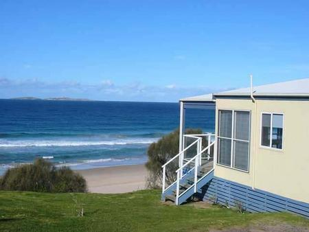 Surfbeach Holiday Park - Accommodation Perth