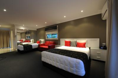 The Gateway Village Holiday Park - Accommodation Perth