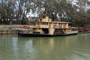 Emmylou Paddle Steamer - Accommodation Perth
