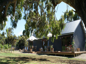 No. 58 Cellar Door  Gallery - Accommodation Perth