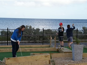 Port Vincent Putt Putt - Accommodation Perth