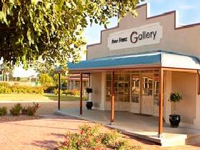 Peter Franz Fine Art Gallery - Accommodation Perth