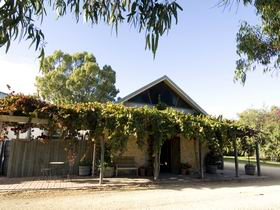 Lake Breeze Wines - Accommodation Perth