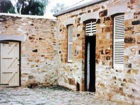 Police Lockup And Stables - Accommodation Perth