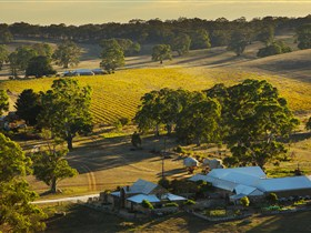 Hutton Vale and Farm Follies - Accommodation Perth