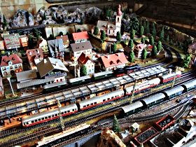 Tudor Court Model Village and German Model Train World - Accommodation Perth