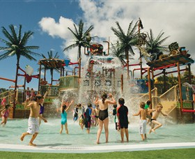 Wet 'n' Wild Water World - Accommodation Perth