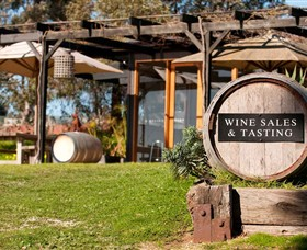 Saint Regis Winery Food  Wine Bar - Accommodation Perth