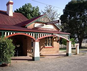 The Tumblong Tavern - Accommodation Perth