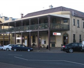 The Family Hotel - Accommodation Perth
