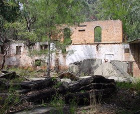 Newnes Shale Oil Ruins - Accommodation Perth