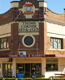 Thom Dick and Harrys - Accommodation Perth
