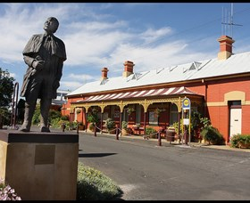 Forbes Railway Arts and Visitor Information Centre - Accommodation Perth