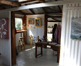 Tin Shed Gallery - Accommodation Perth