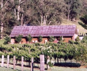 Undercliff Winery and Gallery - Accommodation Perth