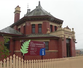 Yarram Courthouse Gallery Inc - Accommodation Perth