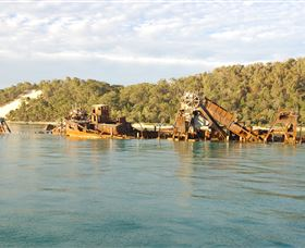 Tangalooma Wrecks Dive Site - Accommodation Perth