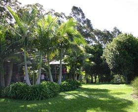 Lorne Valley Macadamia Farm - Accommodation Perth