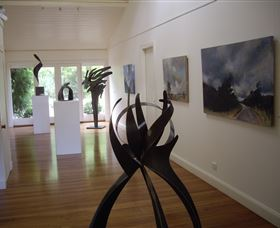 Ivy Hill Gallery - Accommodation Perth
