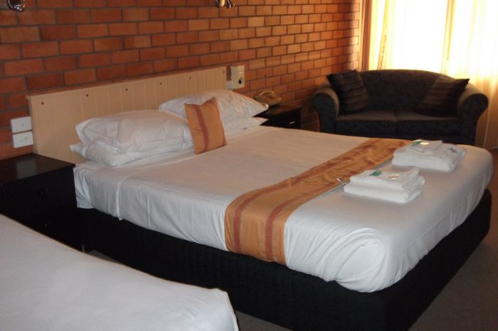 Hilldrop Motor Inn - Accommodation Perth