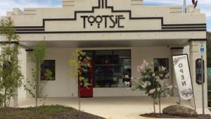 Tootsie Fine Art and Design - Accommodation Perth