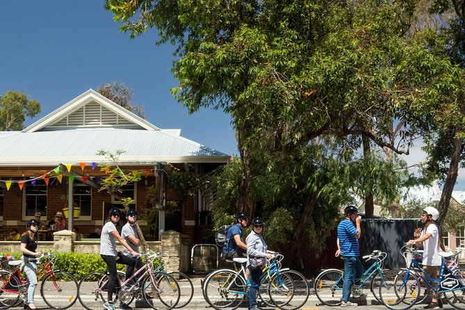 Explore Freo the local way on our 3 hour bike tour - Accommodation Perth
