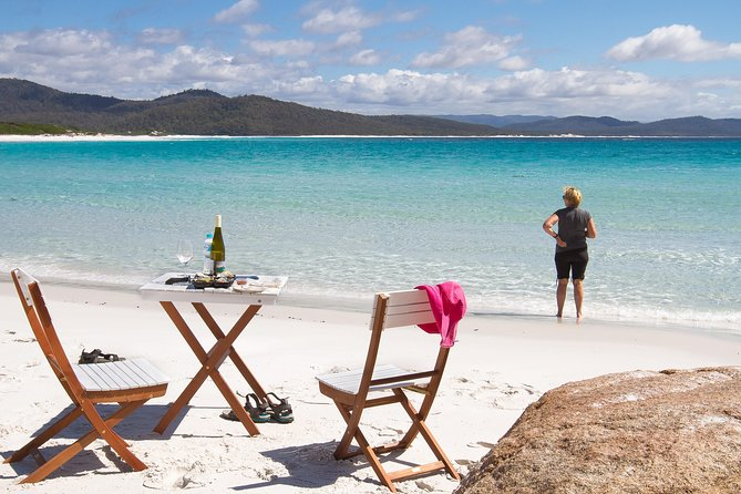 4x4 and Lunch Full Day Freycinet and Wineglass Bay - Accommodation Perth