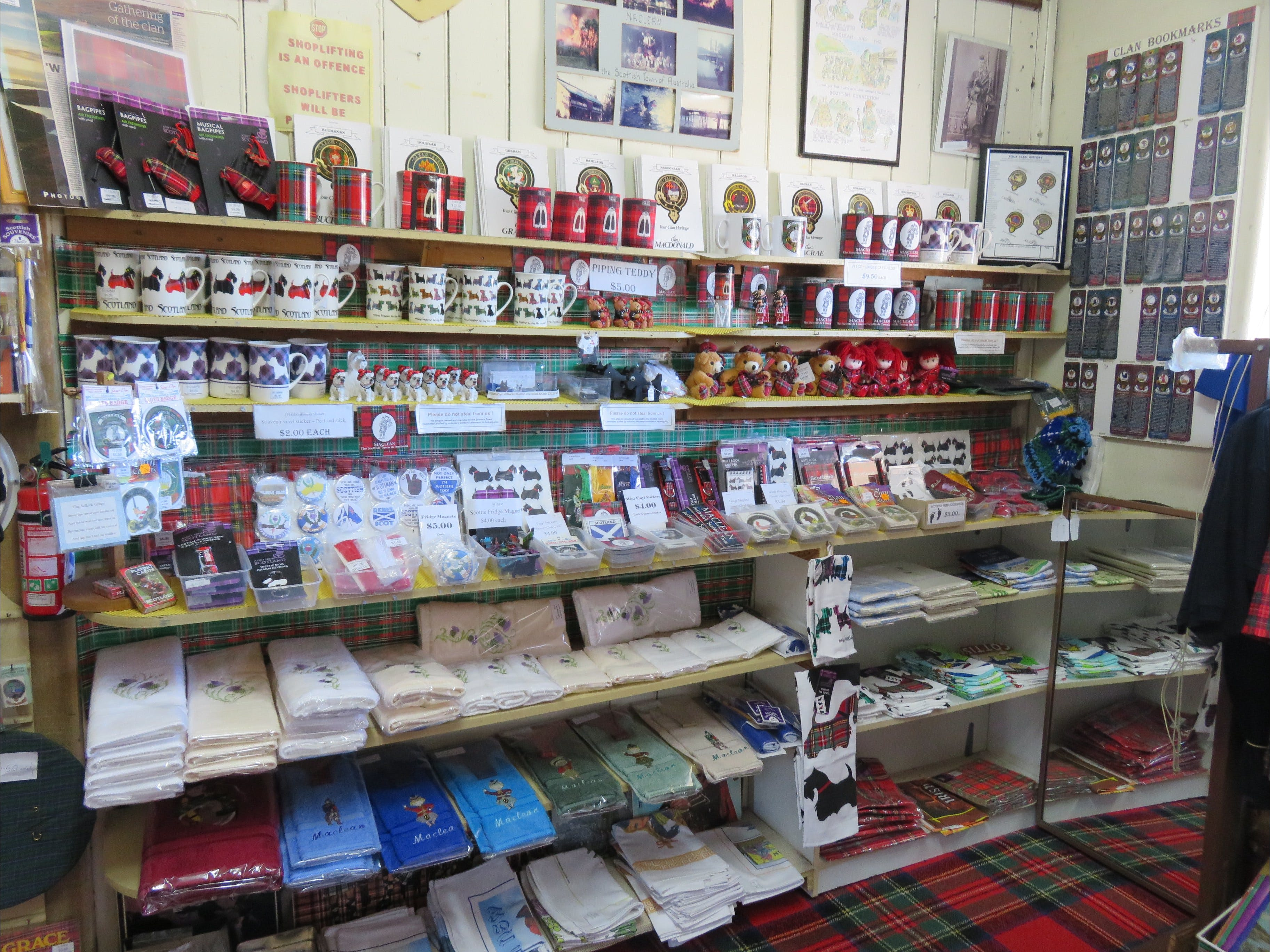 Maclean Scottish Shop - Accommodation Perth