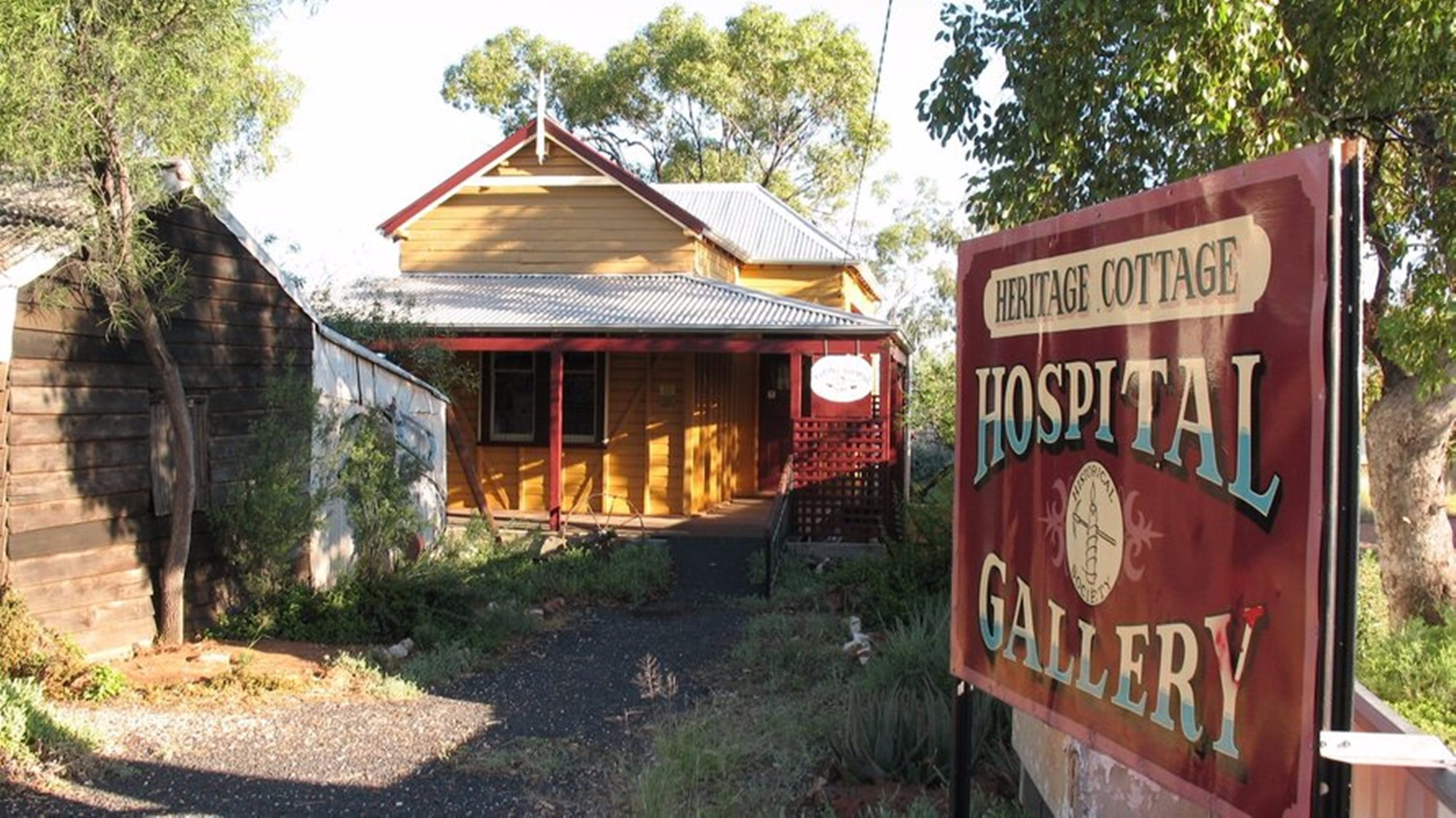Lightning Ridge Heritage Cottage - Accommodation Perth