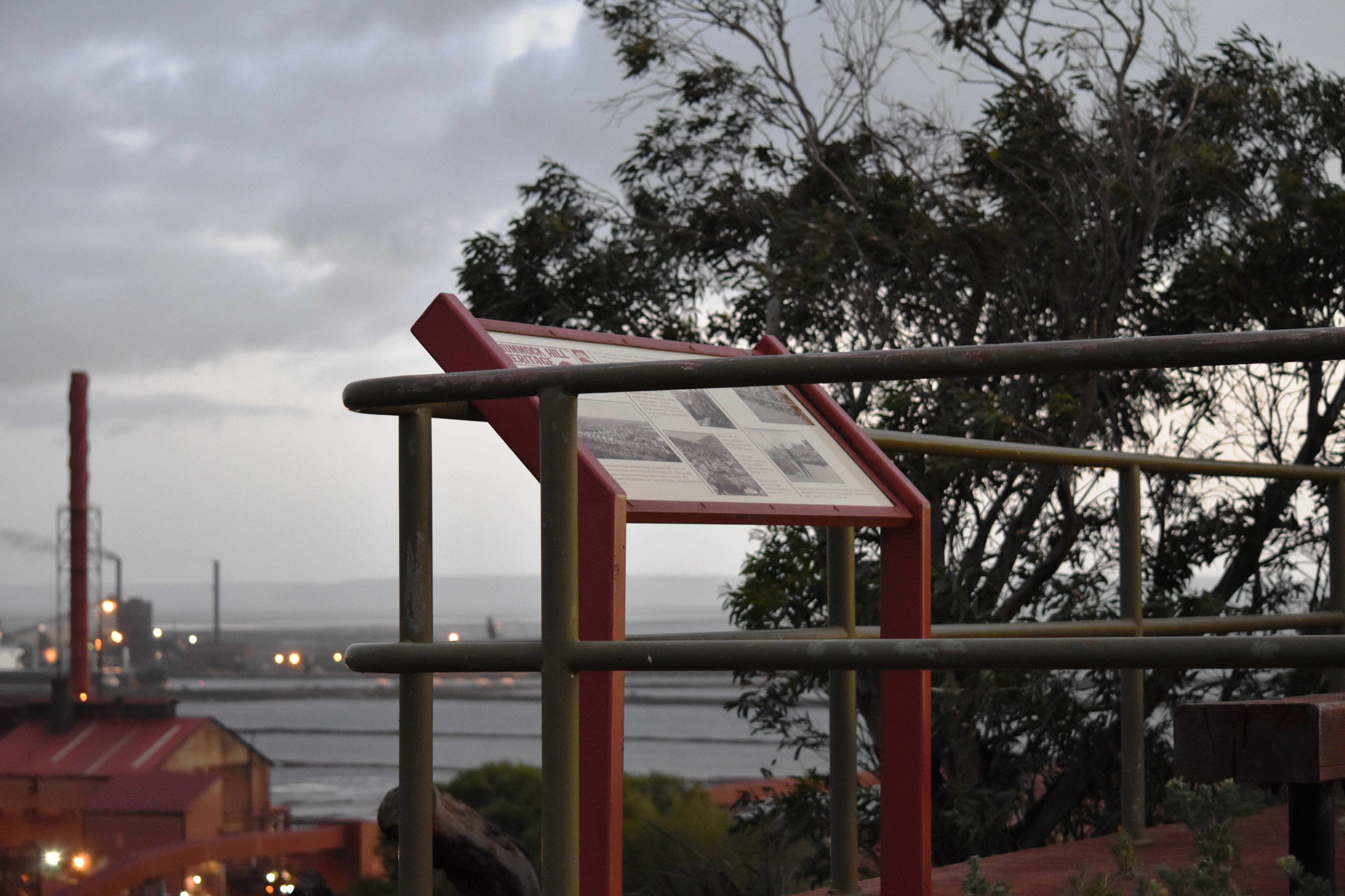 Hummock Hill Lookout - Accommodation Perth