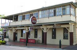 Commercial Hotel Alexandra - Accommodation Perth