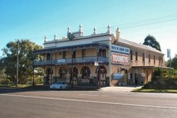 Caledonia Hotel - Accommodation Perth
