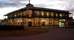 The Grand Terminus Hotel - Accommodation Perth