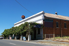 Red Hill Hotel - Accommodation Perth